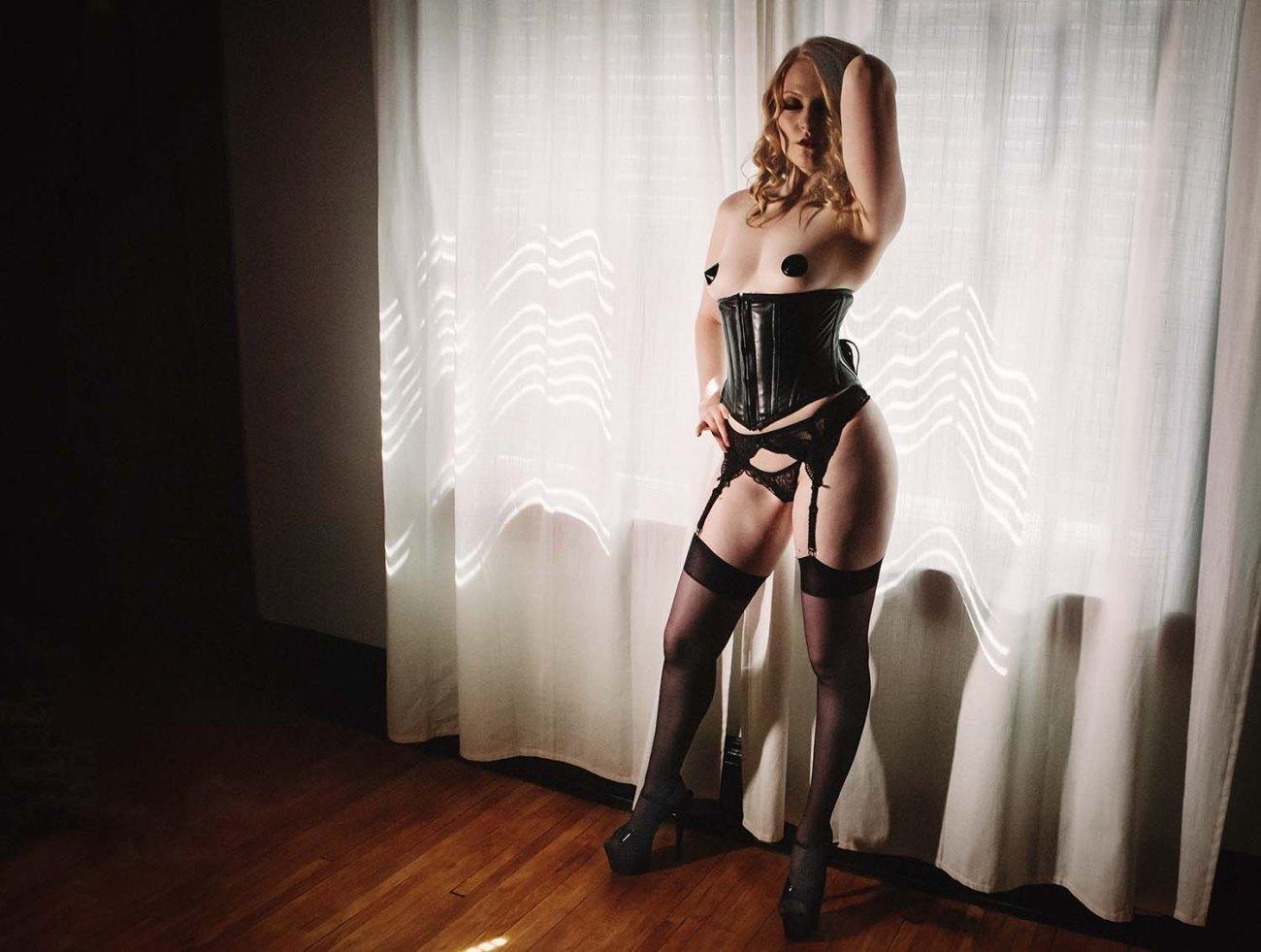 Minneapolis Boudoir Photographers Black Vinyl Corset Dark Moody Intimate Lifestyle Portraits, Saint Paul, Minnesota, Midwest, Erotic, Strip Tease, Gift