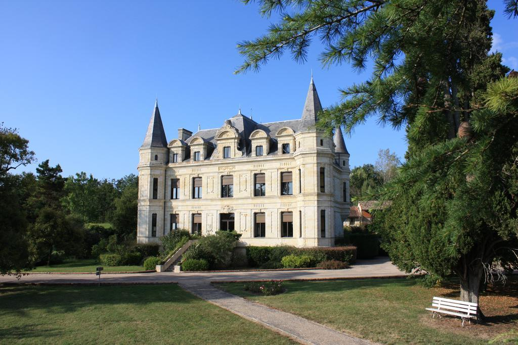 Chateau de Camiac - chateau accommodation bordeaux