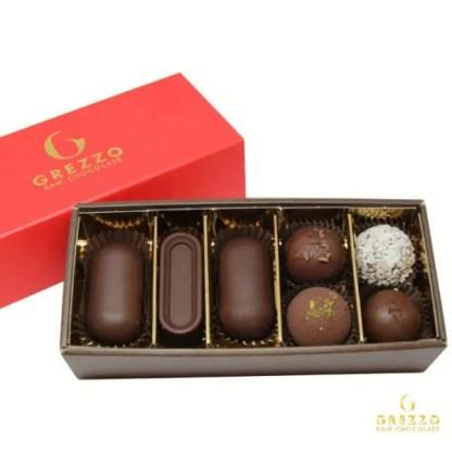 Degustazione Natalizia cioccolato crudo 7 pezzi sito