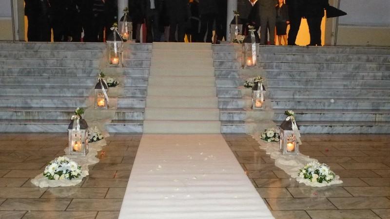 στολισμος γάμου στην εκκλησία πετρου και παυλου στη βαρυμπομπη