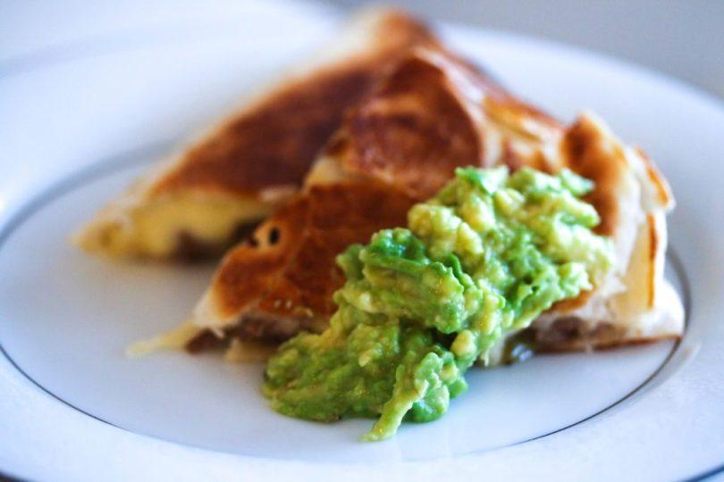 Quesadillas með nautahakki og bræddum osti