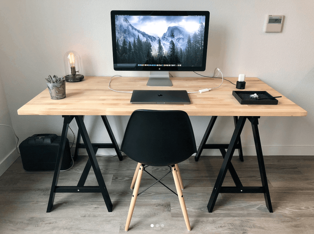 Minimalistic Desk from Sproctor