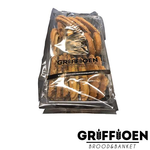 Griffioen Brood en Banket Roomboterkoek gesorteerd