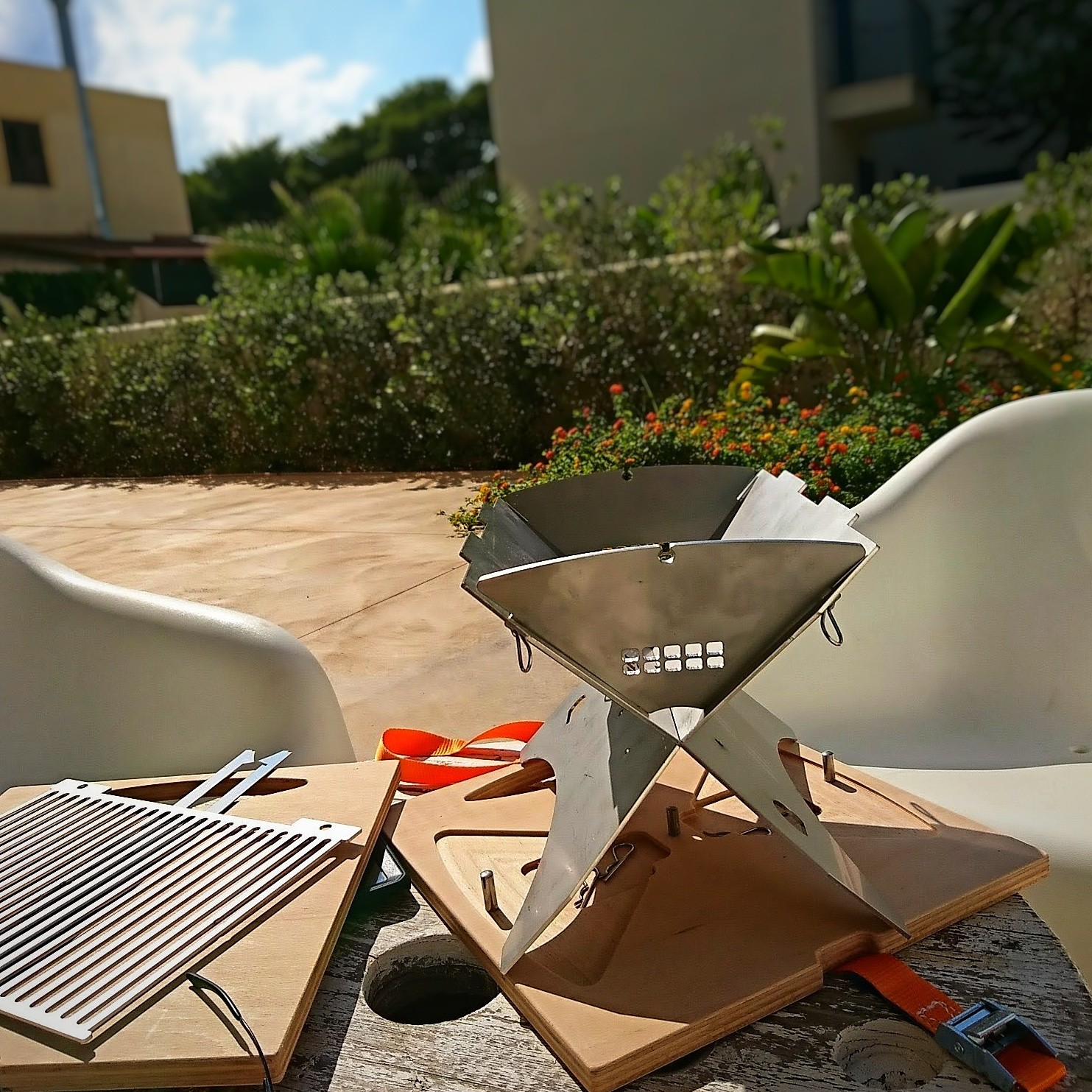 ZWEEnHALB Stainless Steel Grill