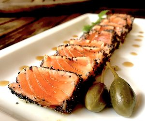 Salmone Tataki