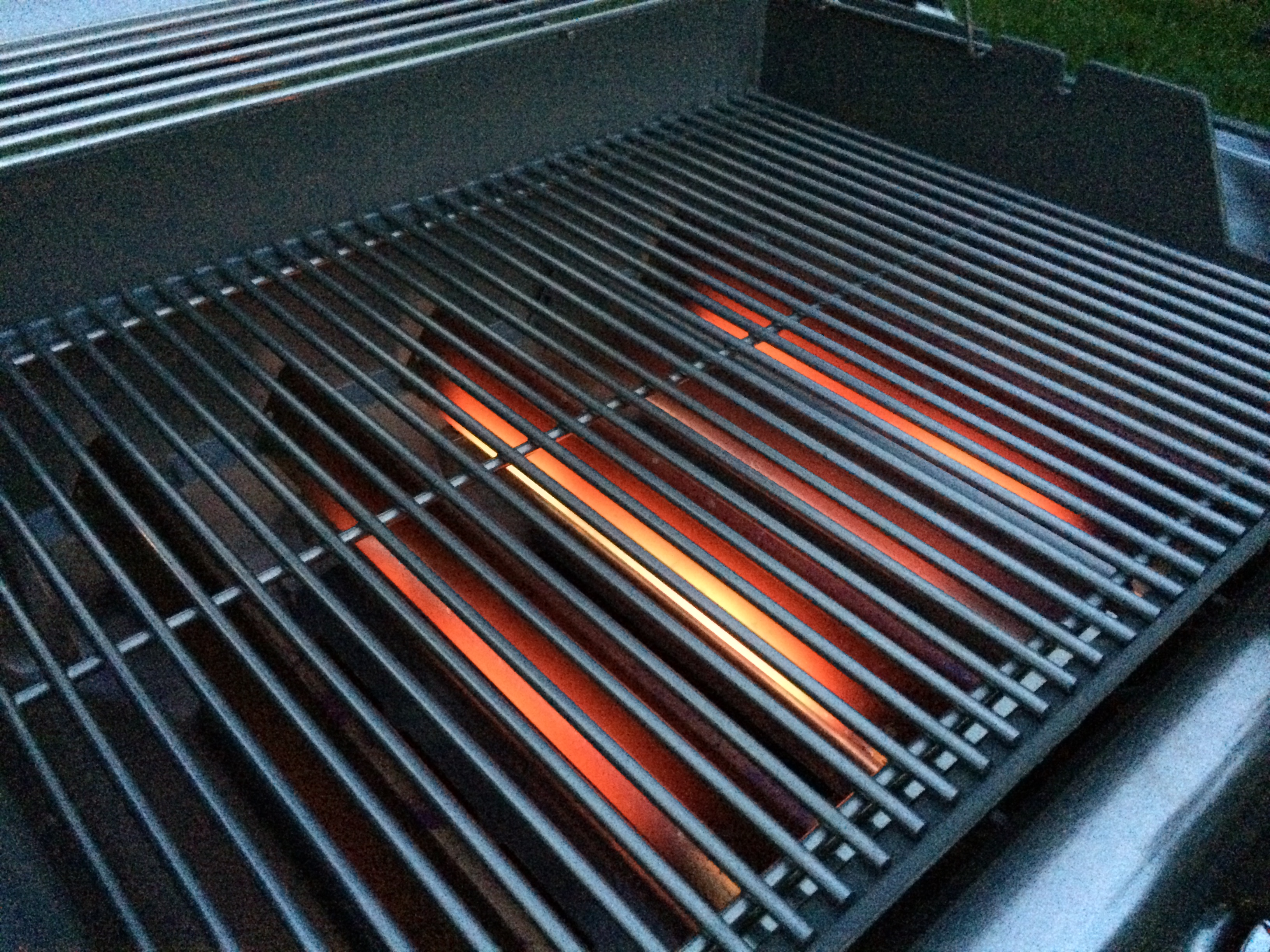 2014 Holiday Gift Guide for Foo s and Grilling Enthusiasts