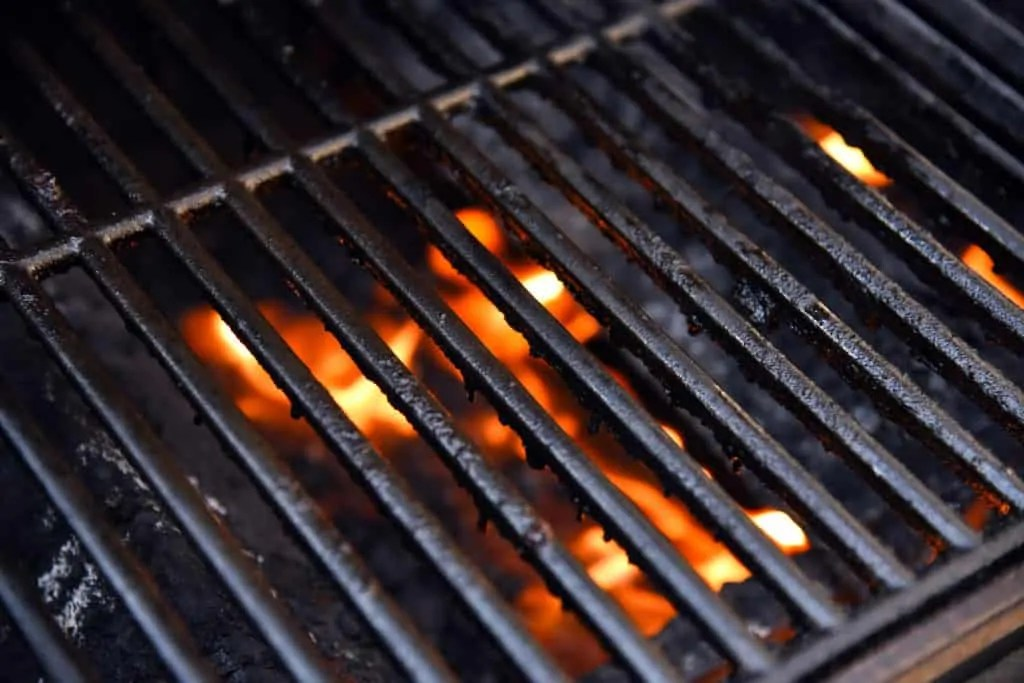 how to clean charcoal grill grates