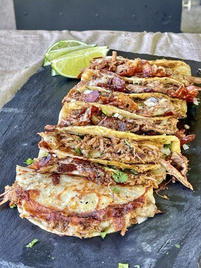 finished pulled pork tacos