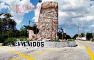 """""""Chandía"""" tira a la basura más de medio millón de pesos, denuncian en Cansahcab"""