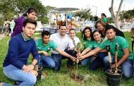 Renán Barrera entrega el primer parque realizado con la colaboración de los vecinos, en Ciudad Caucel