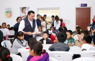 Renán Barrera entrega un nuevo comedor escolar para el beneficio de familias del Sur