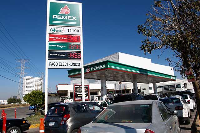 En pleno desabasto, roban en gasolineras de la CDMX
