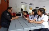 """""""Ponte mis zapatos"""" el programa de niños difusores visita a la Dirección de Seguridad Pública"""