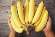 Tomar agua y comer plátano te ayudará a eliminar la fatiga