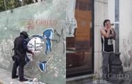 Despegan calcomanías y stickers de los edificios del centro histórico
