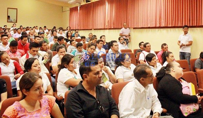 Ofrecen apoyos a fondo perdido para jóvenes y mujeres del Sur de Yucatán