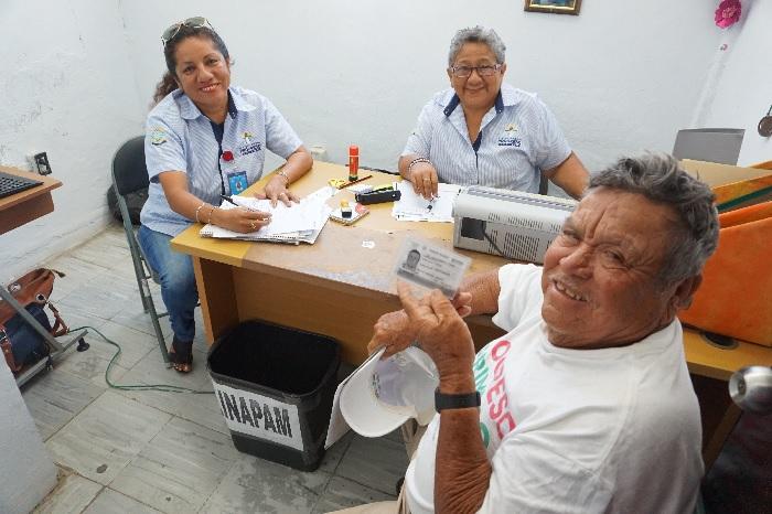 Invitan a abuelitos mayores de 60 años a tramitar la tarjeta de Inapam