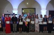 Julián Zacarías celebra a los maestros en la Casa de la Cultura de Progreso
