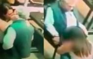 Cachan a una mujer haciéndole sexo oral a un directivo de la CFE (VÍDEO)