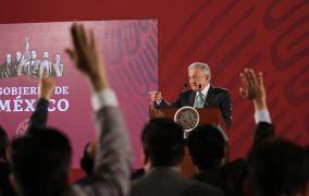 AMLO analiza realizar consulta para revisar gobiernos desde Salinas de Gortari