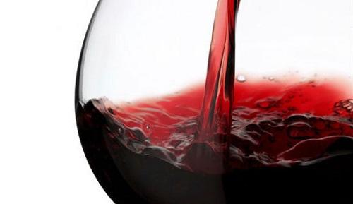 Según un estudio, beber vino tinto equivale a una hora en el gym