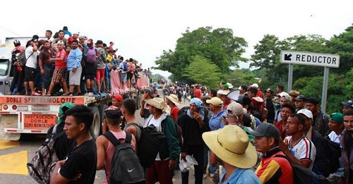 Detienen a 830 migrantes en Veracruz