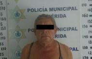 Ladrón roba las llaves de una camioneta en un estacionamiento del Centro de Mérida