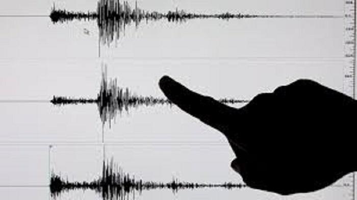 Un sismo de magnitud 7,3 sacude a Indonesia: autoridades evacúan las zonas afectadas (VÍDEO)