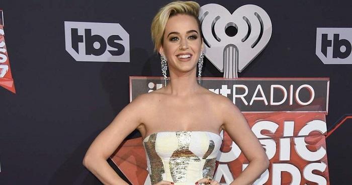 Una mujer denuncia a la cantante Katy Perry por acoso sexual