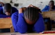 Su maestra la humilla por mancharse de sangre menstrual y se suicida