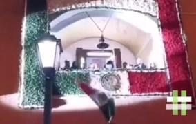 En plena celebración, se le cae la bandera a un alcalde, en Hidalgo