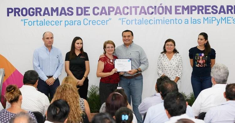 Damos un decidido apoyo a emprendedores, afirma Renán Barrera