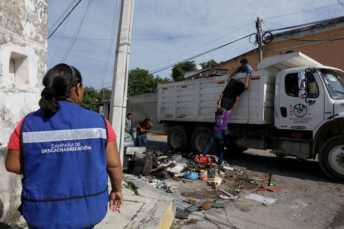 Recolectan más de 317.8 toneladas de cacharros en el primer fin de semana de la campaña