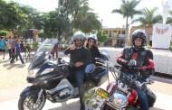 Más de 300 motociclistas participaron en el