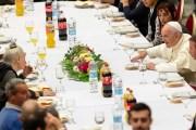 El Papa Francisco invita a 1,500 pobres a almorzar con él, en el Vaticano