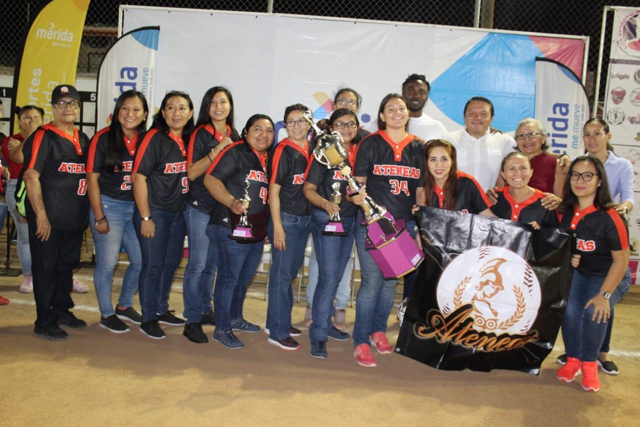 Rompe récords la nueva edición de la Liga Municipal de Sóftbol femenil, que jugarán 83 equipos