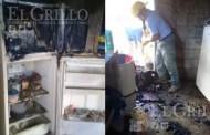 Regresan de trabajar y encuentran su casa quemada, en Oxolom, Umán