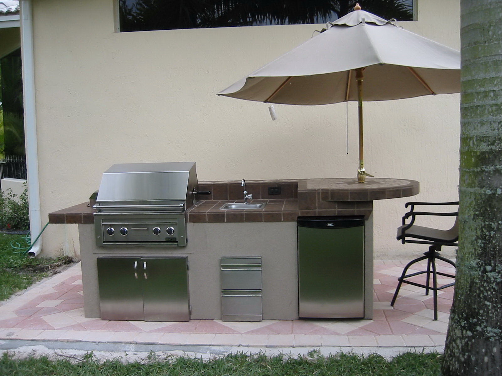 Outdoor Kitchen Design Images  GRILLREPAIRCOM barbeque