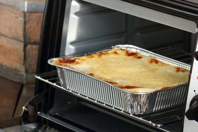 Baking Lasagne Bolognese