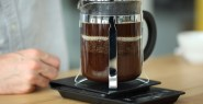 french press making