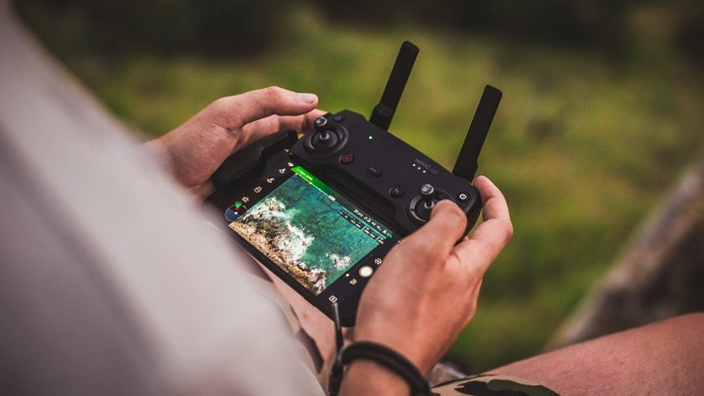 50 Uses or Applications of GPS