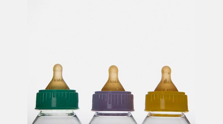 使用前中後 選用塑膠奶瓶有法寶   草根影響力新視野