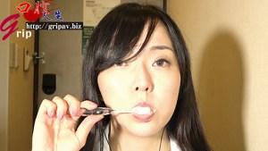 66mm大長舌OLの鼻フェラ接吻と咀嚼の音色/大長舌OLの百合花ちゃん