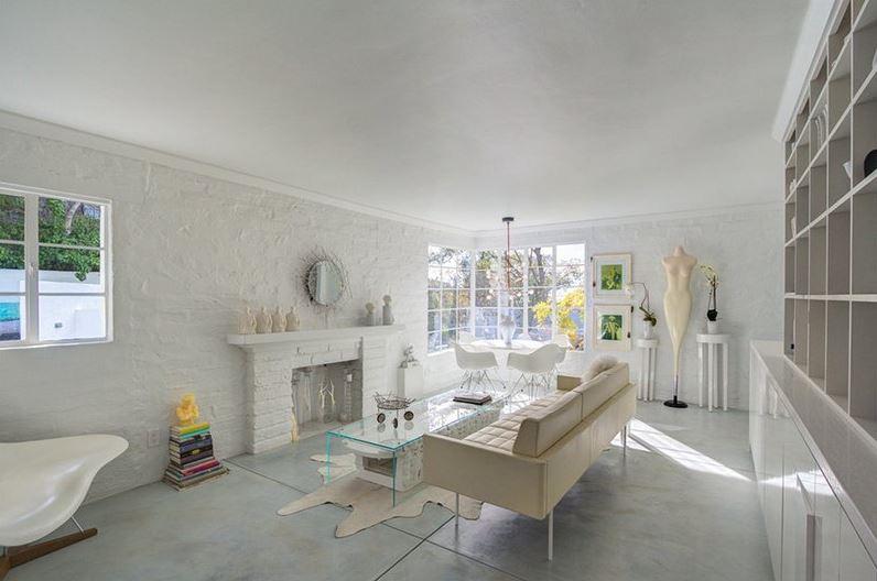 whitewash brick wall kitchen