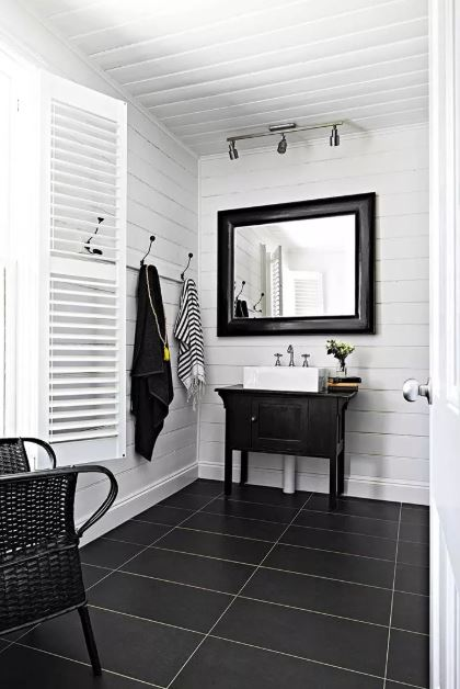 small bathroom mirror decorating ideas