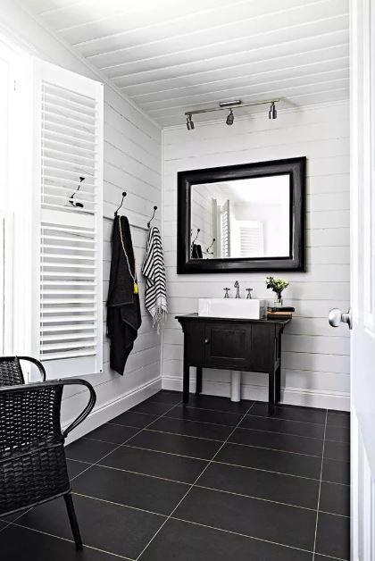 small bathroom mirror decorating ideas