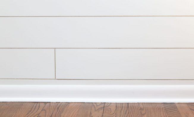 7 stunning bathroom baseboard ideas for
