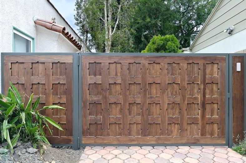 Wooden Driveway Gate Ideas