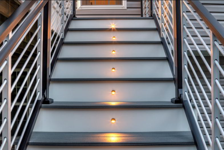 Modern and Natural Handrail Design