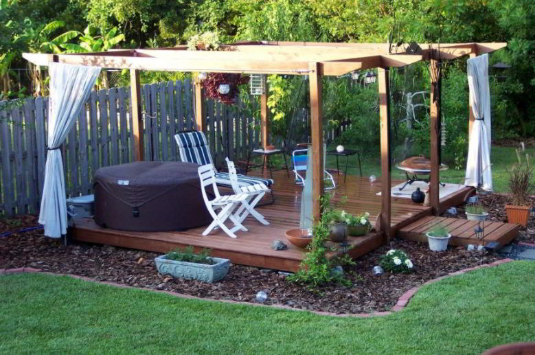 shades floating deck